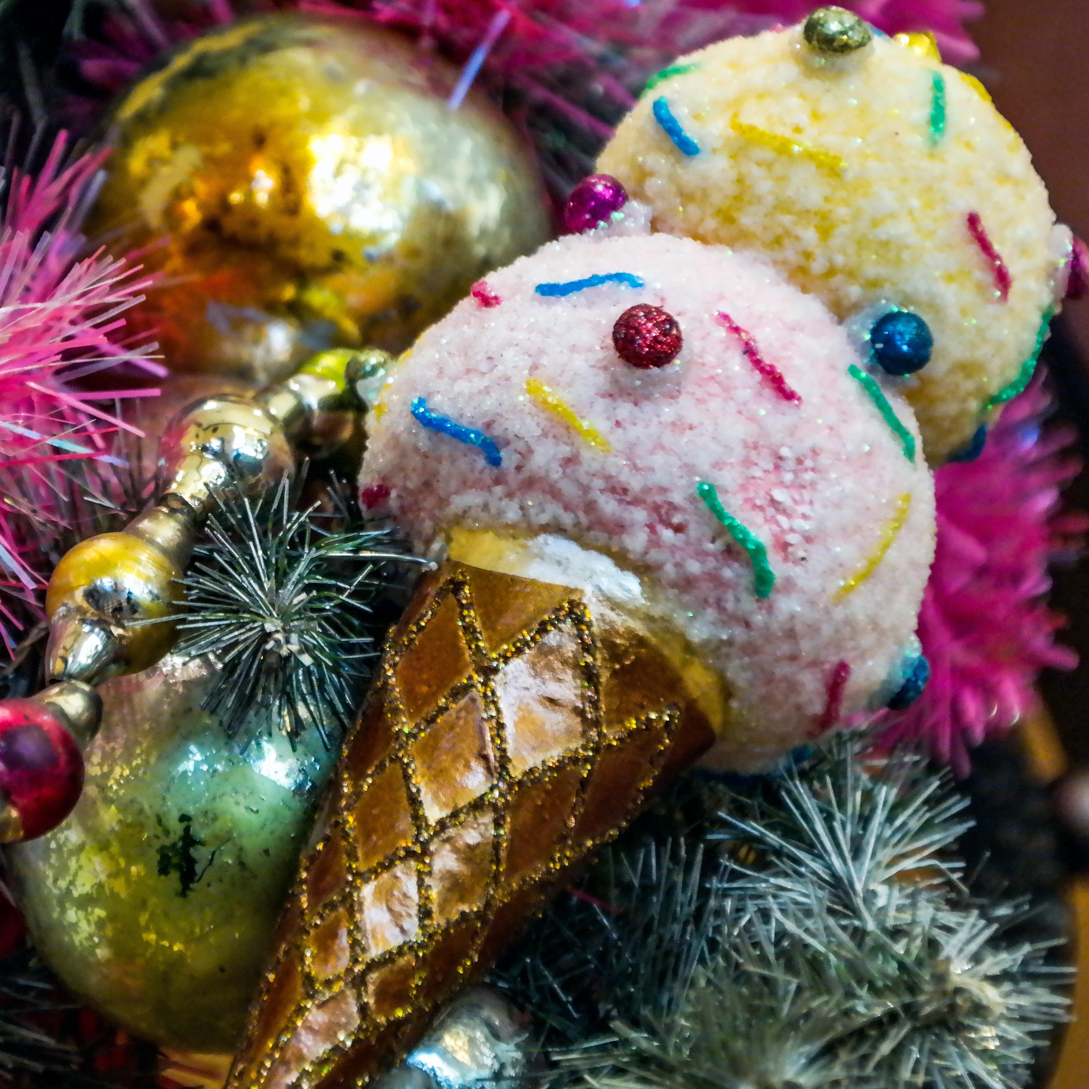 Christmas Tree Lane Los Angeles: Ice Cream Decorations Disneyland California