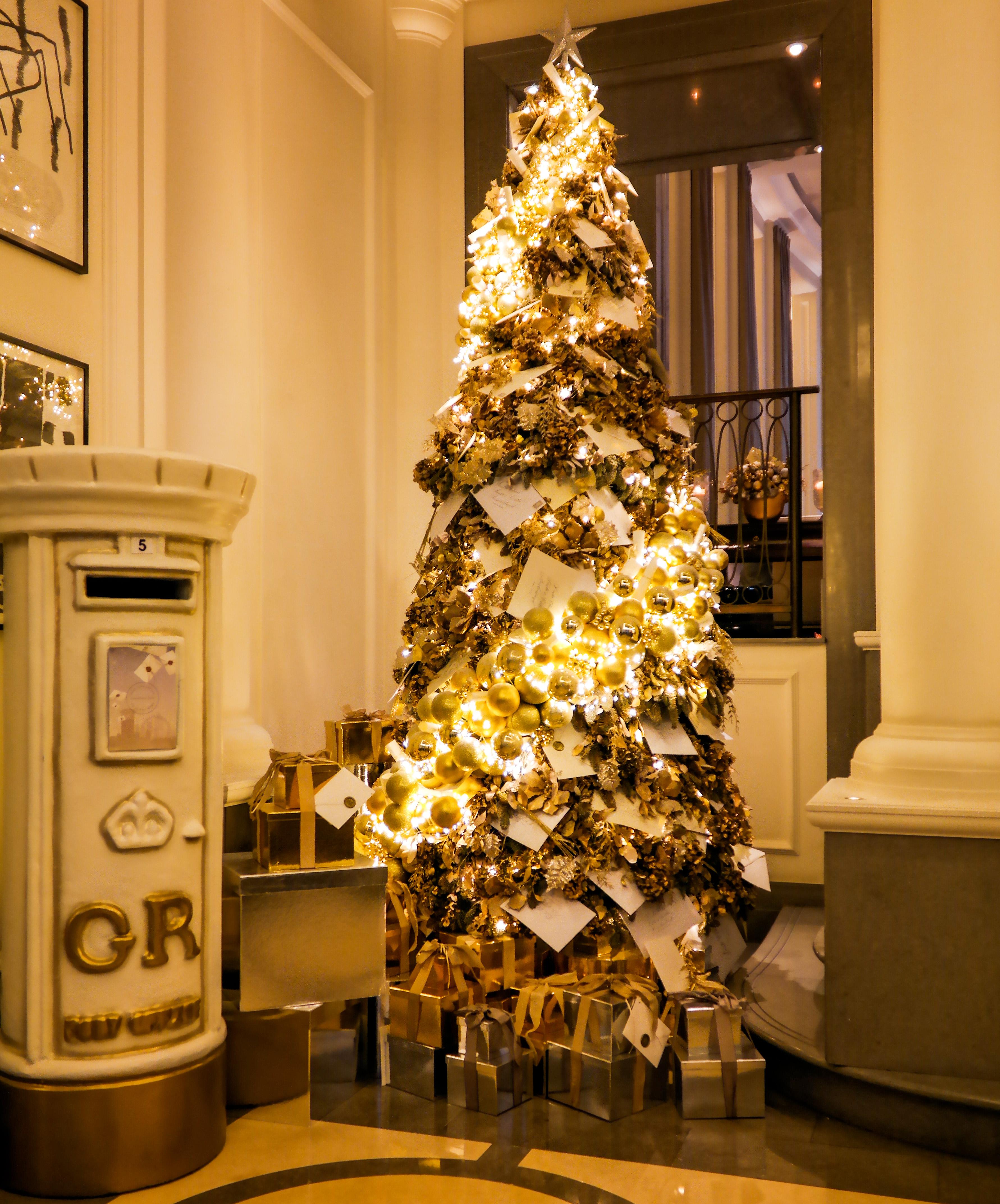 Christmas Tree Lane Los Angeles: Corinthia Hotel London England